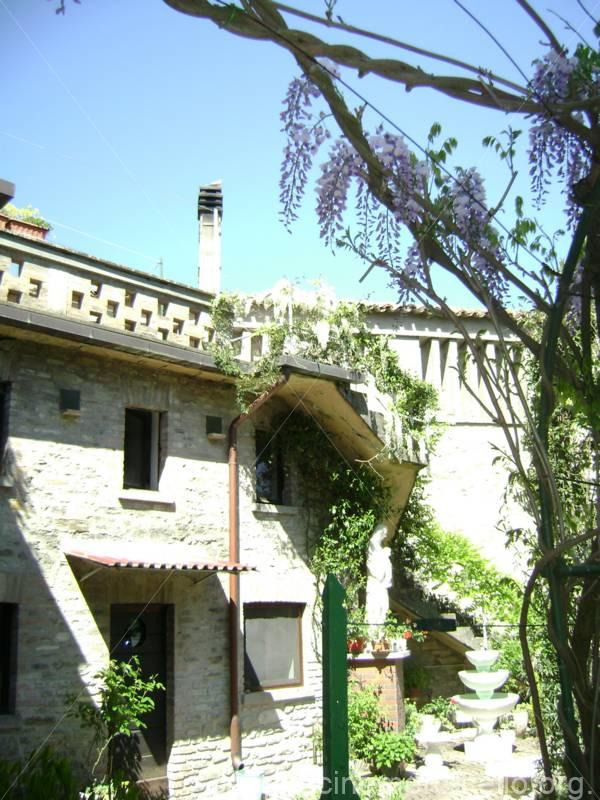 Madonna monastero
